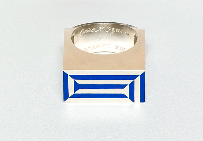 Constanze-Zikos-X-Nora-Kogan_Intercity-#1-(maquette)-Ring-1
